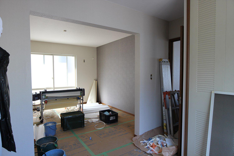 2階 続き間の洋室