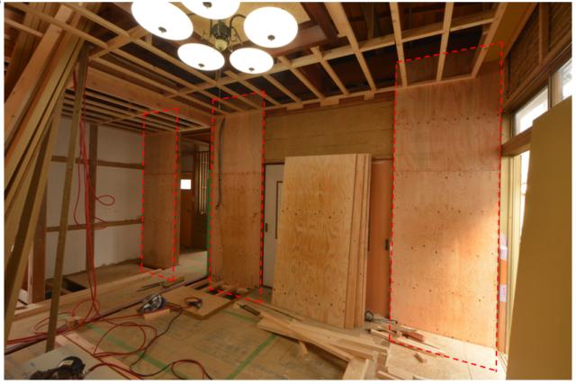 耐力壁・接合金物を追加することで、全体のバランスを向上させながら耐震性を高めます。