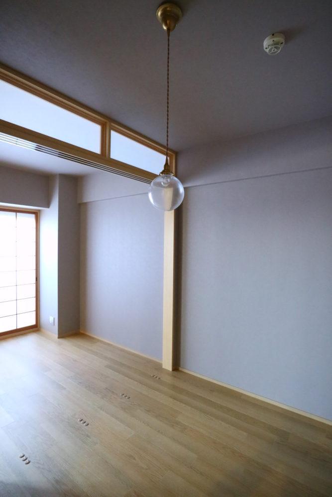 引き戸で仕切った2室の個室は開け放して1室にも。